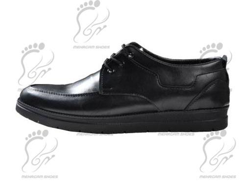 خرید کفش مردانه اداری ارزان قیمت با جدیدترین مدل های کفش چرم و غیر چرمی در مرکز کفش مهرگام با شرایط خاص به صورت عمده در اختیار عمده فروشی ها و فروشگاهها قرار داده می شود.