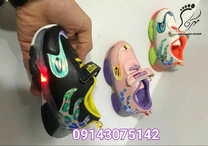 خرید اینترنتی کفش بچه گانه چراغ دار